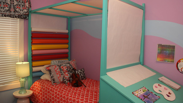 "EXTREME MAKEOVER HOME EDITION - ""Rucker Family,"" - Girl's Bedroom Picture,      on   ""Extreme Makeover Home Edition,"" Sunday, October 9th         (8:00-9:00   p.m.  ET/PT) on the ABC Television Network."