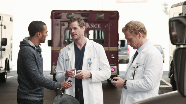 "GREY'S ANATOMY - ""Moment of Truth"" - After eight years of practice, the residents head to San Francisco for their oral boards; sparks fly between Catherine and Richard when they bump into each other at the hotel; Bailey intervenes after Owen and Teddy get into a heated argument about their young car crash patient; and Mark tries to recruit Lexie for one of his cases. Meanwhile, Alex feels guilty for being away from the hospital when Tommy's health begins to fail, on Grey's Anatomy, THURSDAY, APRIL 26 (9:00-10:01 p.m., ET) on the ABC Television Network. (ABC/RICHARD CARTWRIGHT)JESSE WILLIAMS, ERIC DANE, KEVIN MCKIDD"