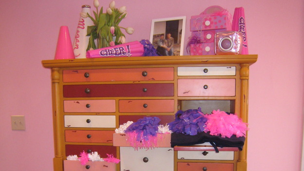 "EXTREME MAKEOVER HOME EDITION - ""Collins Family,"" - Girl's Bedroom Detail, on ""Extreme Makeover Home Edition,"" Sunday, May 6th on the ABC Television Network."