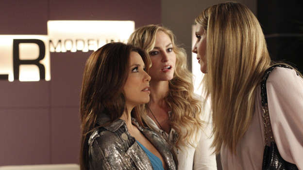 "DESPERATE HOUSEWIVES - ""Chromolume #7"" - Gaby and Angie head to New York in search of Danny and Ana, on ABC's ""Desperate Housewives,"" SUNDAY, MARCH 14 (9:00-10:01 p.m., ET). While in the Big Apple, a chance encounter with supermodels Heidi Klum and Paulina Porizkova leads Gaby to an unexpected revelation about herself. Meanwhile, Lynette and Tom are in for a big surprise when Preston returns from Europe; Mike is determined to show Susan what a man he is after feeling emasculated; Bree discovers a shocking connection to her new employee, Sam; and Katherine is confused over her feelings for Robin. (ABC/RON TOM)EVA LONGORIA PARKER, DREA DE MATEO, HEIDI KLUM"