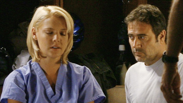 "GREY'S ANATOMY - ""Rise Up"" - Katherine Heigl and Jeffrey Dean Morgan film an important scene, on ""Grey's Anatomy,"" THURSDAY, NOVEMBER 6 (9:00-10:01 p.m., ET) on the ABC Television Network. (ABC/SCOTT GARFIELD) KATHERINE HEIGL, JEFFREY DEAN MORGAN"