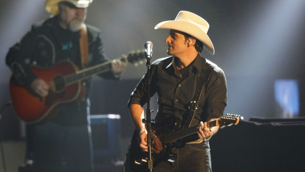 "THE 42ND ANNUAL CMA AWARDS - THEATRE - ""The 42nd Annual CMA Awards"" aired live from the Sommet Center in Nashville, WEDNESDAY, NOVEMBER 12 (8:00-11:00 p.m., ET) on the ABC Television Network. (ABC/CHRIS HOLLO)BRAD PAISLEY"