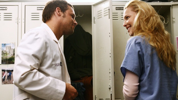 "GREY'S ANATOMY - ""Yesterday"" - (ABC/SCOTT GARFIELD)JUSTIN CHAMBERS, KATHERINE HEIGL"