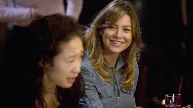 GREY'S ANATOMY - &quot;Brave New World&quot; - Meredith and Cristina hang out at Joe's, on &quot;Grey's Anatomy,&quot; THURSDAY, OCTOBER 16 (9:00-10:01 p.m., ET) on the ABC Television Network. (ABC/RANDY HOLMES) SANDRA OH, ELLEN POMPEO