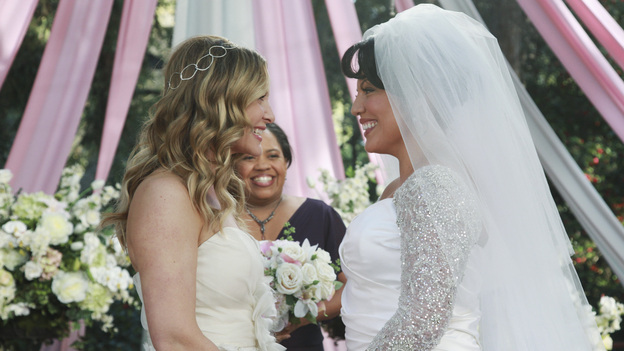 GREY'S ANATOMY - &quot;White Wedding&quot; - As Callie and Arizona's wedding approaches, the couple quickly realize that the day they've been looking forward to is not turning out the way they'd envisioned. Meanwhile Alex continues to make the other residents jealous as he appears to be the top contender for Chief Resident, Meredith and Derek make a decision that will change their lives forever, and Dr. Perkins presents Teddy with a very tempting proposition, on Grey's Anatomy,&quot; THURSDAY, MAY 5 (9:00-10:01 p.m., ET) on the ABC Television Network. (ABC/RICHARD CARTWRIGHT)JESSICA CAPSHAW, CHANDRA WILSON, SARA RAMIREZ