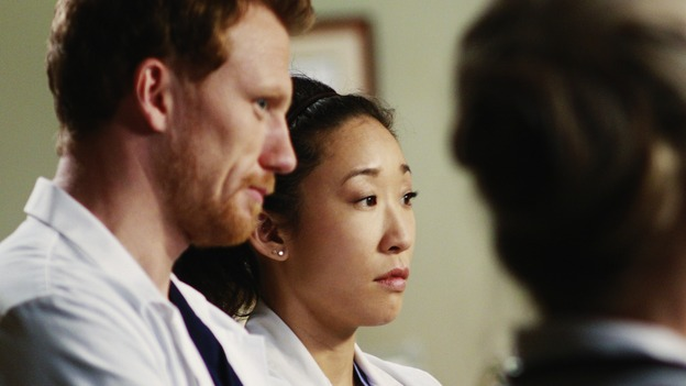 "GREY'S ANATOMY - ""An Honest Mistake"" - Owen and Cristina observe Dr. Margaret Campbell at work, on ""Grey's Anatomy,"" THURSDAY, FEBRUARY 19 (9:00-10:02 p.m., ET) on the ABC Television Network. (ABC/RON TOM) KEVIN MCKIDD, SANDRA OH"