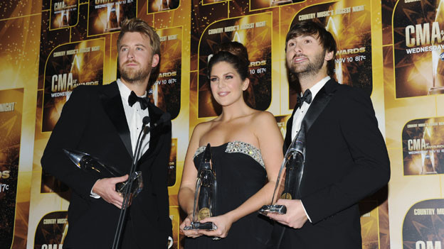 "THE 44TH ANNUAL CMA AWARDS - GENERAL - ""The 44th Annual CMA Awards"" will be broadcast live from the Bridgestone Arena in Nashville, WEDNESDAY, NOVEMBER 10 (8:00-11:00 p.m., ET) on the ABC Television Network. (ABC/ANDREW WALKER)LADY ANTEBELLUM"