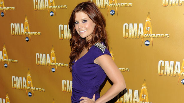 "THE 44TH ANNUAL CMA AWARDS - RED CARPET ARRIVALS - ""The 44th Annual CMA Awards"" will be broadcast live from the Bridgestone Arena in Nashville, WEDNESDAY, NOVEMBER 10 (8:00-11:00 p.m., ET) on the ABC Television Network. (ABC/ANDREW WALKER)JOANNA GARCIA"
