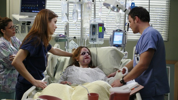 "GREY'S ANATOMY - ""Some Kind of Miracle"" - One person's fight to live affects everyone at Seattle Grace, in the dramatic conclusion to ""Grey's Anatomy's"" three-episode story arc. ""Some Kind of Miracle"" airs THURSDAY, FEBRUARY 22 (9:00-10:01 p.m., ET) on the ABC Television Network. Elizabeth Reaser (Independent Spirit Award nominee for ""Sweet Land"") guest stars as a patient. (ABC/RON TOM)YVETTE CRUISE, KATE WALSH, ELIZABETH REASER, JUSTIN CHAMBERS"