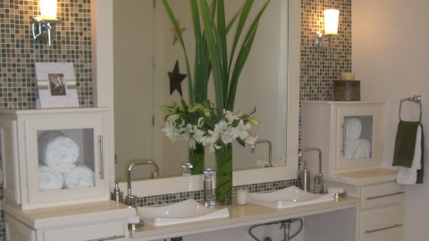EXTREME MAKEOVER HOME EDITION - &quot;Marshall Family,&quot; - Bathroom, on &quot;Extreme Makeover Home Edition,&quot; Sunday, October 18th (8:00-9:00 p.m. ET/PT) on the ABC Television Network.