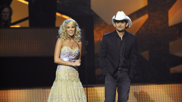 "THE 43rd ANNUAL CMA AWARDS - THEATRE - ""The 43rd Annual CMA Awards"" broadcast live from the Sommet Center in Nashville, WEDNESDAY, NOVEMBER 11 (8:00-11:00 p.m., ET) on the ABC Television Network. (ABC/KATHERINE BOMBOY)CARRIE UNDERWOOD, BRAD PAISLEY"
