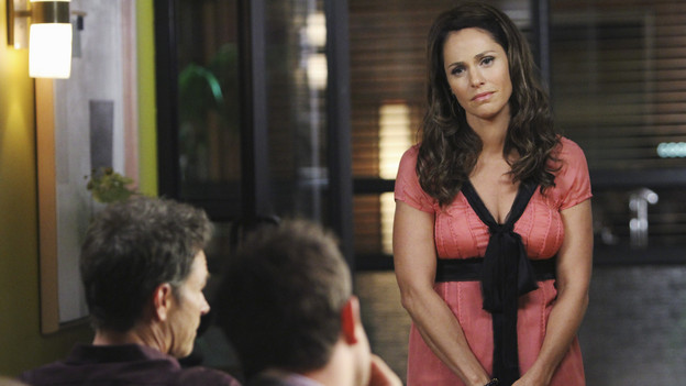 "PRIVATE PRACTICE - ""A Better Place to Be"" - The arrival of Dell's young orphaned daughter, Betsey, stirs up the emotions of everyone in the practice; and Pete and Amelia disagree over a risky surgery to treat a woman who has been experiencing chronic and insufferable pain throughout her pregnancy, on ""Private Practice,"" THURSDAY, OCTOBER 14 (10:01-11:00 p.m., ET) on the ABC Television Network. (ABC/ADAM LARKEY)TIM DALY, PAUL ADELSTEIN, AMY BRENNEMAN"