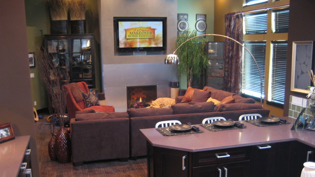 EXTREME MAKEOVER HOME EDITION - &quot;Boettcher Family,&quot; - Living Room, on &quot;Extreme Makeover Home Edition,&quot; Sunday, March 16th on the ABC Television Network.