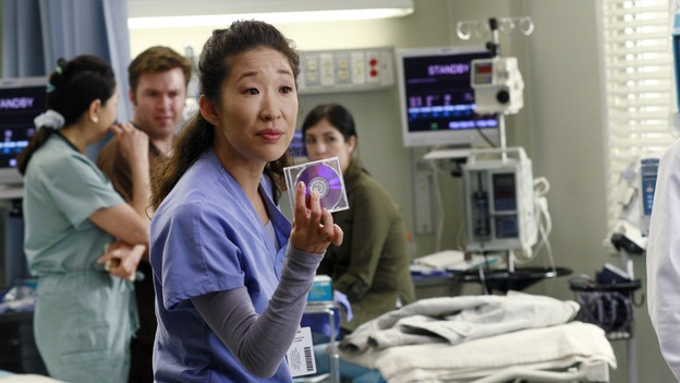 "GREY'S ANATOMY - ""Kung Fu Fighting"" - With his marriage in turmoil, the Chief turns to his fellow male surgeons for a ""gentleman's evening,"" Cristina and Izzie heatedly compete for the same surgeries and the favor of the doctor performing them, Meredith treats the survivor of a skydiving accident, and the doctors treat two injured finalists who are competing in a promotional competition, on ""Grey's Anatomy,"" THURSDAY, NOVEMBER 1 (9:00-10:07 p.m., ET) on the ABC Television Network. (ABC/RON TOM)SANDRA OH"