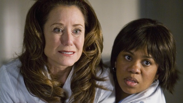 "GREY'S ANATOMY - ""Beat Your Heart Out"" - Bailey hugs Dr. Virginia Dixon to calm her down, on ""Grey's Anatomy,"" THURSDAY, FEBRUARY 5 (9:00-10:02 p.m., ET) on the ABC Television Network. (ABC/RANDY HOLEMES) MARY MCDONNELL, CHANDRA WILSON"