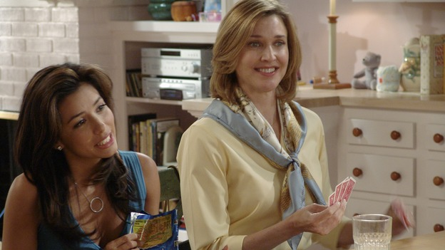 "DESPERATE HOUSEWIVES - ""PRETTY LITTLE PICTURE"" (ABC/DANNY FELD)EVA LONGORIA, BRENDA STRONG"