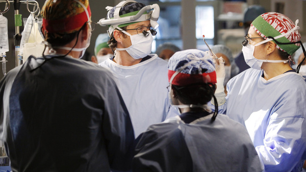 "GREY'S ANATOMY - ""This Magic Moment"" - The doctors split into teams for a risky surgery involving conjoined twins; Bailey recruits Meredith to be a buffer between her and Ben when he puts pressure on moving their relationship to a more serious level; Richard teaches Alex a tough lesson in the OR; meanwhile Teddy questions Cristina about what exactly happened to Henry during his surgery, on Grey's Anatomy, THURSDAY, JANUARY 12 (9:00-10:02 p.m., ET) on the ABC Television Network. (ABC/KELSEY MCNEAL)PATRICK DEMPSEY, SARA RAMIREZ"