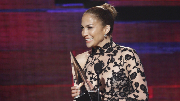 2011 AMERICAN MUSIC AWARDS® - THEATRE - The show broadcast live from the NOKIA Theatre L.A. LIVE on SUNDAY, NOV. 20 (8:00-11:00 p.m., ET/PT) on ABC. (ABC/TIM OGIER)JENNIFER LOPEZ