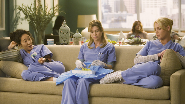"GREY'S ANATOMY - ""Brave New World"" - Meredith practices procedures while Izzie and Cristina relax in Dermatology, on ""Grey's Anatomy,"" THURSDAY, OCTOBER 16 (9:00-10:01 p.m., ET) on the ABC Television Network. (ABC/RANDY HOLMES) SANDRA OH, ELLEN POMPEO, KATHERINE HEIGL"