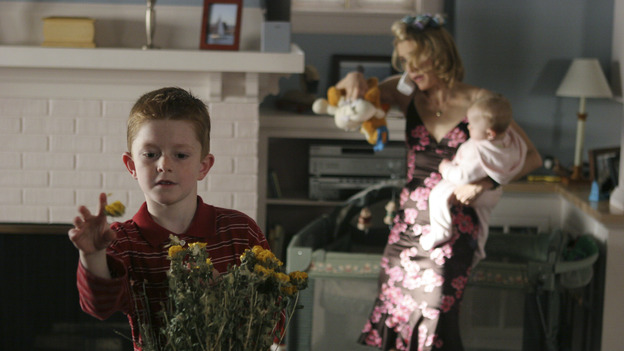 DESPERATE HOUSEWIVES - &quot;CHILDREN WILL LISTEN &quot; (ABC/DANNY FELD) ZANE HUETT, FELICITY HUFFMAN
