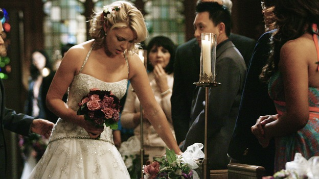 "GREY'S ANATOMY - ""What a Difference a Day Makes"" - A very ill Izzie has trouble making it down the aisle for her surprise wedding to Alex, on ""Grey's Anatomy,"" THURSDAY, MAY 7 (9:00-10:02 p.m., ET) on the ABC Television Network. KATHERINE HEIGL"