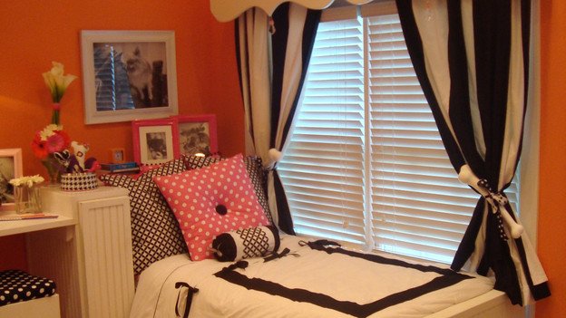 "EXTREME MAKEOVER HOME EDITION - ""Mattingly Family,"" - Girl's Bedroom, on ""Extreme Makeover Home Edition,"" Sunday, November 1st, on the ABC Television Network."