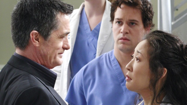 GREY'S ANATOMY - &quot;Scars and Souvenirs&quot; - The race for chief heats up after a new competitor enters the fray, tensions escalate between Izzie and George, and Callie must reveal a big secret. Meanwhile, Derek treats a patient near and dear to him, while Alex continues his work with Jane Doe, on &quot;Grey's Anatomy,&quot; THURSDAY, MARCH 15 (9:00-10:01 p.m., ET) on the ABC Television Network. (ABC/RON TOM)ROGER REES, T.R. KNIGHT, SANDRA OH