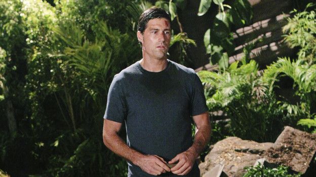 "LOST - ""Lighthouse"" - Hurley must convince Jack to accompany him on an unspecified mission, and Jin stumbles across an old friend, on ""Lost,"" TUESDAY, FEBRUARY 23 (9:00-10:00 p.m., ET) on the ABC Television Network. (ABC/MARIO PEREZ)MATTHEW FOX"