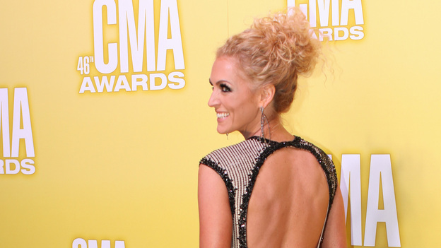 "THE 46TH ANNUAL CMA AWARDS - RED CARPET ARRIVALS - ""The 46th Annual CMA Awards"" airs live THURSDAY, NOVEMBER 1 (8:00-11:00 p.m., ET) on ABC live from the Bridgestone Arena in Nashville, Tennessee. (ABC/SARA KAUSS)KIMBERLY SCHLAPMAN OF LITTLE BIG TOWN"