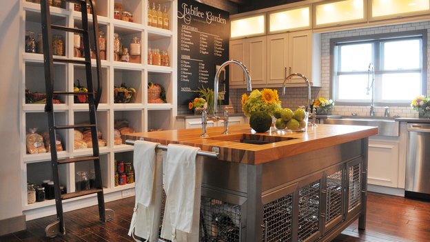 "EXTREME MAKEOVER HOME EDITION - ""Jubilee/Marshall Family,"" - Kitchen    Picture, on  ""Extreme Makeover Home Edition,"" Sunday, September 25th       (7:00-9:00 p.m.  ET/PT) on the ABC Television Network."