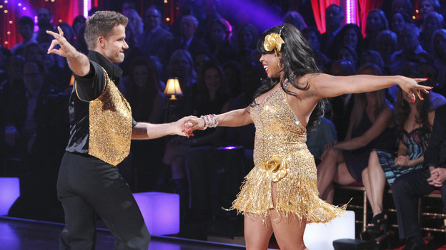 "DANCING WITH THE STARS - ""Episode 1001"" - All eleven couples danced for the first time on live national television on MONDAY, MARCH 22 (8:00-10:00 p.m., ET), with couples either performing the Viennese Waltz or Cha Cha, in the highly anticipated two-hour season premiere of ""Dancing with the Stars,"" on the ABC Television Network. (ABC/ADAM LARKEY)LOUIS VAN AMSTEL, NIECY NASH"