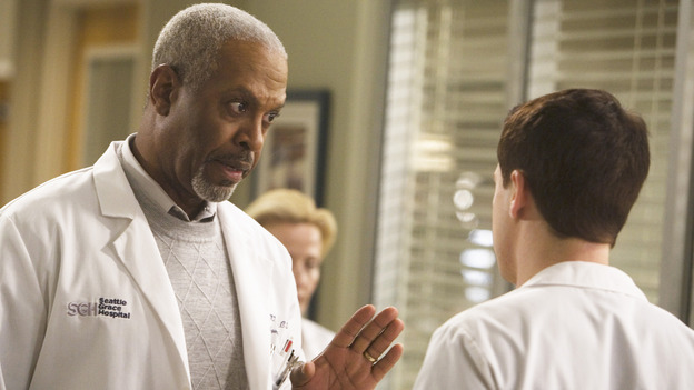"GREY'S ANATOMY - ""Brave New World"" - The Chief has a word with George, on ""Grey's Anatomy,"" THURSDAY, OCTOBER 16 (9:00-10:01 p.m., ET) on the ABC Television Network. (ABC/RANDY HOLMES) JAMES PICKENS JR., T.R. KNIGHT"