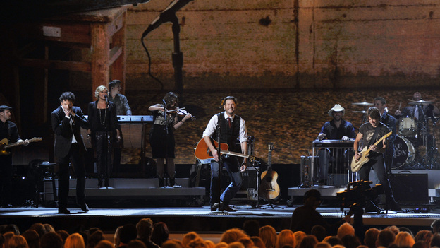 THE 46TH ANNUAL CMA AWARDS - THEATRE - &quot;The 46th Annual CMA Awards&quot; airs live THURSDAY, NOVEMBER 1 (8:00-11:00 p.m., ET) on ABC live from the Bridgestone Arena in Nashville, Tennessee. (ABC/KATHERINE BOMBOY-THORNTON)BLAKE SHELTON, KEITH URBAN