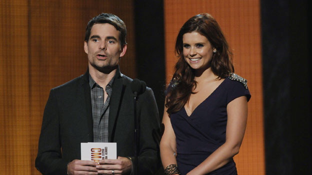 "THE 44TH ANNUAL CMA AWARDS - THEATRE - ""The 44th Annual CMA Awards"" were broadcast live from the Bridgestone Arena in Nashville, WEDNESDAY, NOVEMBER 10 (8:00-11:00 p.m., ET) on the ABC Television Network. (ABC/KATHERINE BOMBOY)JEFF GORDON, JOANNA GARCIA"