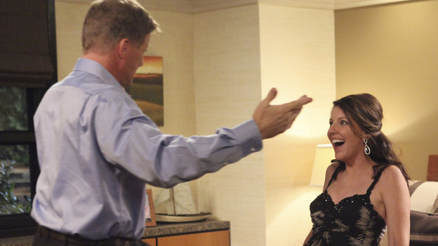 "DESPERATE HOUSEWIVES - ""Suspicion Song"" - Detective Chuck Vance begins harassing Bree as his suspicions about her involvement in the disappearance of Alejandro grow; after using the murder of Gaby's stepfather as inspiration for her art school projects, Susan must find a way to graciously decline art school teacher Andre's (Miguel Ferrer) invitation to display and sell her paintings at a gallery showing; when Carlos's drinking gets in the way of his ability to work, Gaby goes to the office in an effort to save his business from losing a multi-million dollar account; and on the occasion of their 22-year anniversary, Lynette comes up with a plan to try to salvage her marriage to Tom, on ""Desperate Housewives,"" SUNDAY, NOVEMBER 13 (9:00-10:01 p.m., ET) on the ABC Television Network. (ABC/DANNY FELD)DOUG SAVANT, ANDREA PARKER"