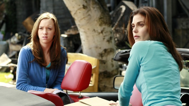 DESPERATE HOUSEWIVES - &quot;Remember&quot; - (ABC/RON TOM)ANDREA BOWEN, TERI HATCHER