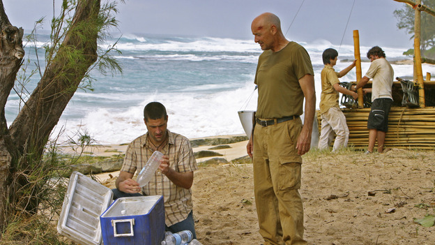 "LOST - ""Born to Run"" - Jack suspects foul play when Michael becomes violently ill while building the raft, on ""Lost,"" THURSDAY, MAY 11 on the ABC Television Network. (ABC/MARIO PEREZ) MATTHEW FOX, TERRY O' QUINN"