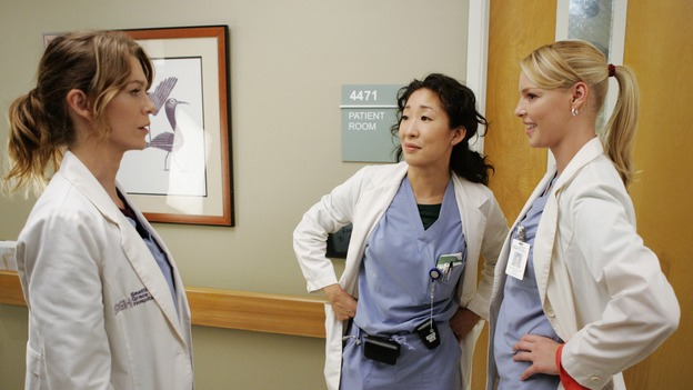 "GREY'S ANATOMY - ""Something to Talk About""(ABC/CRAIG SJODIN)ELLEN POMPEO, SANDRA OH, KATHERINE HEIGL"