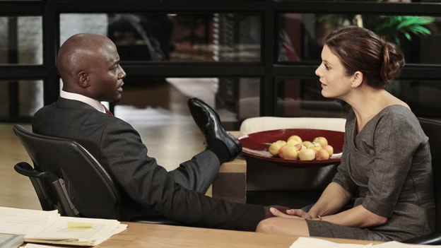 PRIVATE PRACTICE - &quot;Step One&quot; - Addison begins in vitro fertilization treatments with Jake's help, unbeknownst to Sam, Amelia is deeply conflicted when her terminally-ill friend, Michelle, asks her assistance in her suicide, and Sam and Violet contend with a patient who refuses his anti-psychotic medication, on &quot;Private Practice,&quot; THURSDAY, OCTOBER 27 (10:02-11:00 p.m., ET) on the ABC Television Network. (ABC/JUSTIN LUBIN)TAYE DIGGS, KATE WALSH