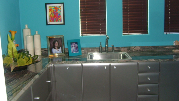 "EXTREME MAKEOVER HOME EDITION - ""Tate Family,"" -  Laundry Room, on ""Extreme Makeover Home Edition,"" Sunday, March 4th on the ABC Television Network."