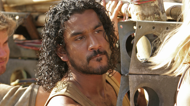 "102843_0043 -- LOST - ""Exodus, Part II"" (ABC/MARIO PEREZ)NAVEEN ANDREWS"