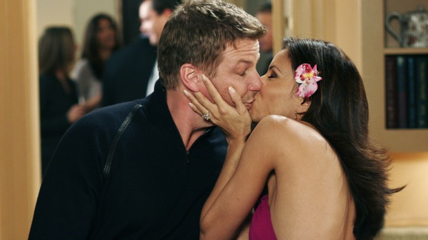 "DESPERATE HOUSEWIVES - ""One More Kiss"" (ABC/RON TOM)DOUG SAVANT, EVA LONGORIA"