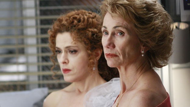 "GREY'S ANATOMY - ""Dream a Little Dream of Me"" - Three middle-aged women and their husbands are in a terrible traffic accident, on ""Grey's Anatomy,"" THURSDAY, SEPTEMBER 25 (9:00-11:00 p.m., ET) on the ABC Television Network. (ABC/RON TOM) BERNADETTE PETERS, KATHY BAKER"