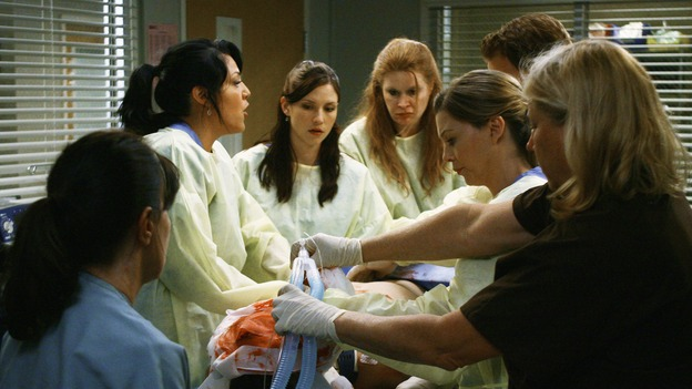 "GREY'S ANATOMY - ""Now or Never"" - Drs. Callie Torres, Lexie Grey and Meredith Grey work on patient ""John Doe,"" on ""Grey's Anatomy,"" THURSDAY, MAY 14 (9:00-11:00 p.m., ET) on the ABC Television Network. SARA RAMIREZ, CHYLER LEIGH, ELLEN POMPEO"