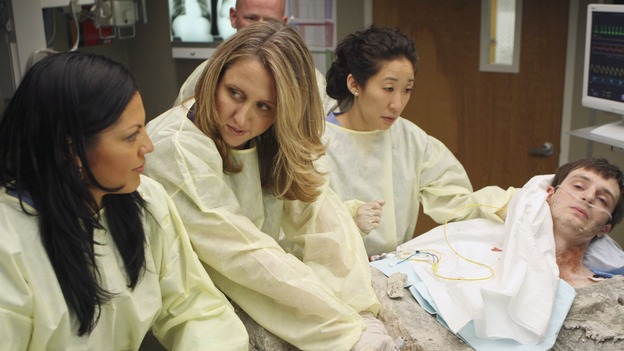 "GREY'S ANATOMY - ""Freedom"" - On the two-hour season finale of ""Grey's Anatomy,"" Meredith and Derek have one last shot at a successful outcome in their clinical trial, as the other surgeons work together to free a boy from a hardening block of cement. Meanwhile, Izzie helps Alex care for an ailing Rebecca, and Lexie discovers critical information about George's intern status, on ""Grey's Anatomy,"" THURSDAY, MAY 22 (9:00-11:00 p.m., ET) on the ABC Television Network. (ABC/MICHAEL DESMOND)SARA RAMIREZ, BROOKE SMITH, SANDRA OH, JAMES IMMEKUS"