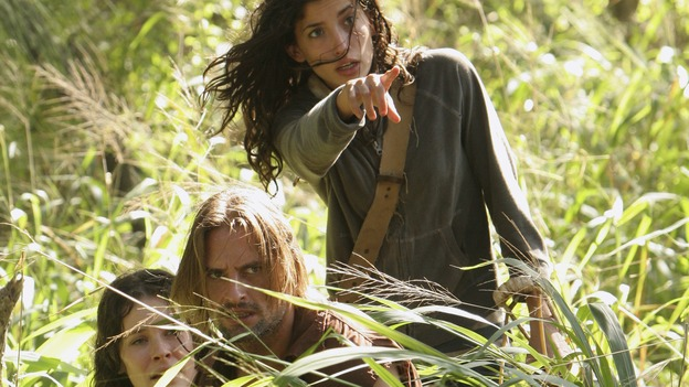 "LOST - ""Expos"" - Hurley begins to suspect that Sawyer may be involved in an island mystery surrounding two fellow survivors, and Sun learns the truth about her past kidnapping attempt by ""The Others,"" on ""Lost,"" WEDNESDAY, MARCH 28 (10:00-11:00 p.m., ET), on the ABC Television Network. (ABC/MARIO PEREZ)EVANGELINE LILLY, JOSH HOLLOWAY, TANIA RAYMONDE"
