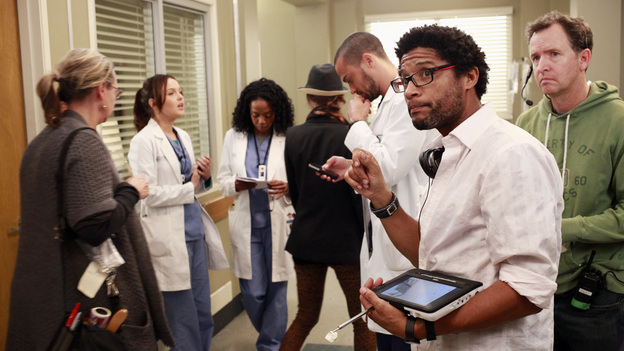 GREY'S ANATOMY - &quot;The Face of Change&quot; - Competition heats up as several of the doctors fight to become the new face of Seattle Grace; April brings in an emergency case, and Jackson and Alex work with a transgender teen couple. Meanwhile, the hospital implements new policies which test the patience of the staff, on &quot;Grey's Anatomy,&quot; THURSDAY, FEBURARY 7 (9:00-10:02 p.m., ET) on the ABC Television Network. (ABC/RON TOM)CAMILLA LUDDINGTON, JERRIKA HINTON, JESSE WILLIAMS, ROB GREENLEA (DIRECTOR)