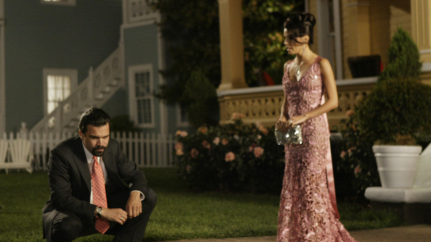 "DESPERATE HOUSEWIVES - ""PILOT"" (ABC/PETER ""HOPPER"" STONE) RICARDO ANTONIO CHAVIRA, EVA LONGORIA"