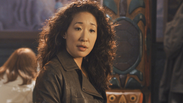 "GREY'S ANATOMY - ""There's No 'I' in Team"" - Cristina spots a familiar face at Joe's -- Owen Hunt, on ""Grey's Anatomy,"" THURSDAY, OCTOBER 23 (9:00-10:01 p.m., ET) on the ABC Television Network. (ABC/ERIC MCCANDLESS) SANDRA OH"