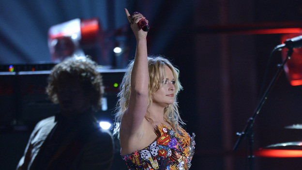 "THE 46TH ANNUAL CMA AWARDS - THEATRE - ""The 46th Annual CMA Awards"" airs live THURSDAY, NOVEMBER 1 (8:00-11:00 p.m., ET) on ABC live from the Bridgestone Arena in Nashville, Tennessee. (ABC/KATHERINE BOMBOY-THORNTON)MIRANDA LAMBERT"